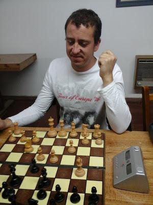 Ajedrez - Marcelo Bernardini encabeza el torneo jugada la cuarta fecha.