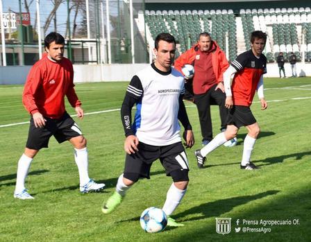 Nacional B - Con gol de Martín Prost, Agropecuario derrotó en amistoso uno a cero a Estudiantes de Olavarría