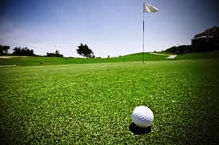 Golf - Representación de jugadores locales en Claromecó.