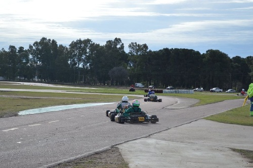 Karting del Sur - En el Autódromo Ciudad de Pigüé se disputó el premio Coronación - Los nuevos campeones.