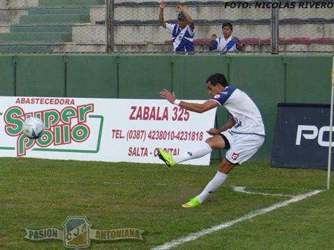 Juventud Antoniana con Marcos Litre superó en un amistoso a Unión Güemes.