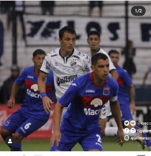 Leo Gonzalez convirtió y dedicó el gol a su Pigüé con un mensaje esperanzador