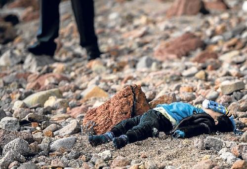 Europa vs Inmigrantes: Unicef  dice que es un genocidio de niños en el mar