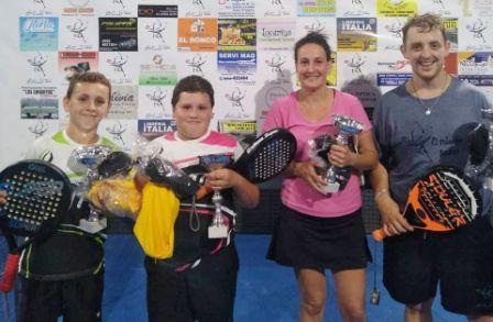 Padel - Verónica Baungartner con Nicolás Bollak finalistas en torneo suarense.