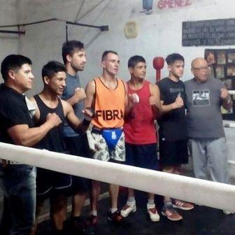 Boxeo en el Gimnasio Nueva Esperanza.