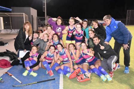 Hockey Femenino - Goleada del Cef 83 en 1ra división para seguir como escolta.
