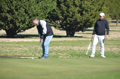 Golf - Fernando Bozbranny y Fabián Goy ganadores en el club local.
