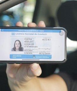 """El registro de conducir que se podrá """"llevar"""" en el celular"""