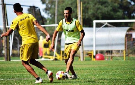 Nacional B - Nicolás Cabral citado para el partido ante Deportivo Morón.