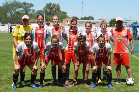 Fútbol Femenino - Unión Pigüe cerró la temporada en Carhué.