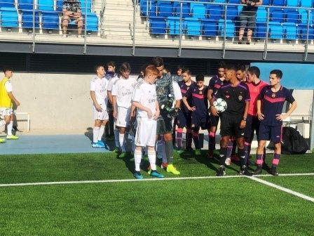 Los chicos del Deportivo Mac Allister enfrentaron al Real Madrid.