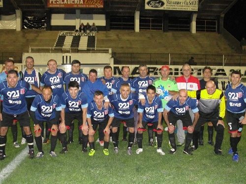 Comenzó en Coronel Suárez la 23ra temporada del Fútbol del Recuerdo - Unión Pigüé debuta el viernes.