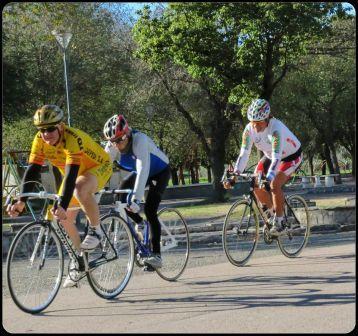 Ciclismo - Master C - Néstor Ziegemann finalizó 7° en el Parque de Mayo.