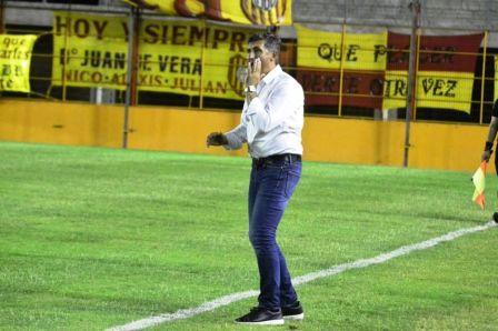 Nacional B - Carlos Mayor es el nuevo técnico de Almagro.