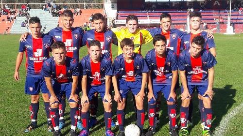 LRF - Inferiores - El clásico en 5ta fue para Peñarol, dos victorias para Sarmiento y un empate en las otras categorías.