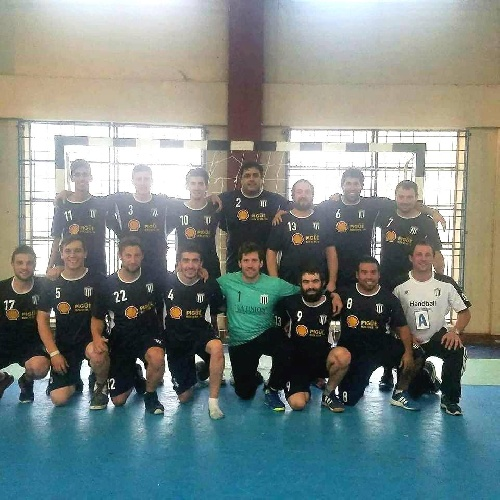Handball - Sarmiento campeón en 1ra de la Asociación - Cef 83 femeninos juveniles hizo lo propio en su categoría.