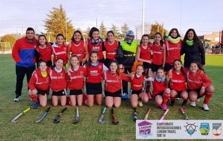 Hockey Femenino - 7ma - Alumni venció a Sarmiento y se ubica a dos unidades del líder.