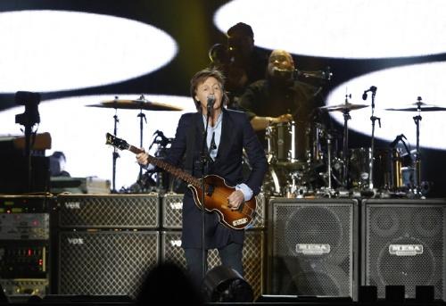 Beatlemania: Luego de copar Córdoba Paul McCartney deslumbró en la primera noche en La Plata