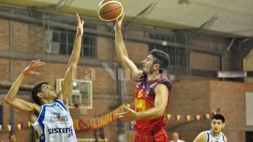 Basquet Federal - Bahiense venció 88-74 a San Martín de Junín - 6 puntos de Esteban Silva.