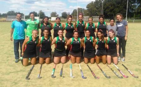 Hockey Femenino - Independiente de Puán goleó y clasificó a semifinales en el Regional de Junín.