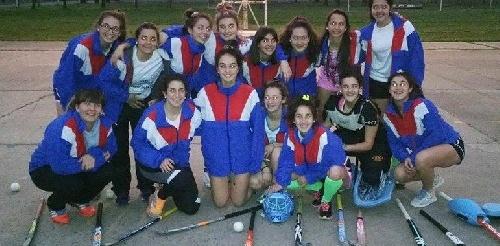 Hockey Femenino - Triunfo del CEF 83 en el provincial de Junín.