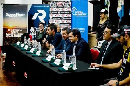Turismo Carretera se presentó en Rosario.