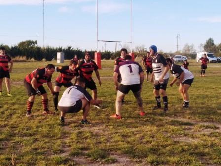 Rugby - Club Sarmiento suma una nueva victoria en el Campeonato de Desarrollo.