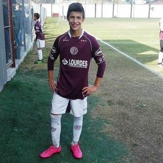 Tomás Prost deja las inferiores de Lanús para sumarse a Independiente de Avellaneda.
