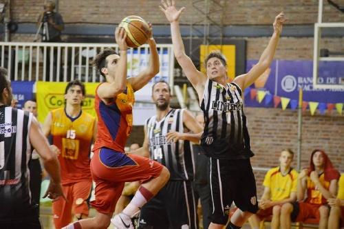 Basquet Bahiense - Bahiense del Norte derrota a Liniers y empata la serie.
