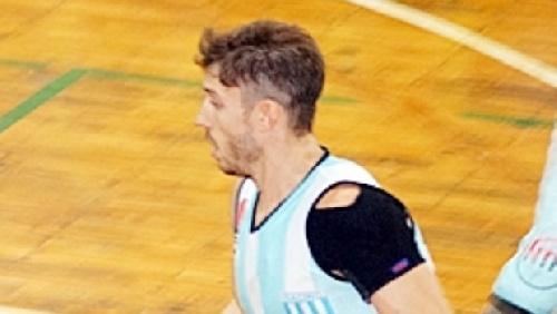 Liga Argentina de Basquet - Erbel De Pietro con Racing continúa una exigente preparación.