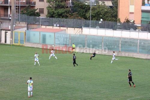 Calcio Serie C - El Rende de Ginobili y el carhuense Actis cayó ante el Siracusa.