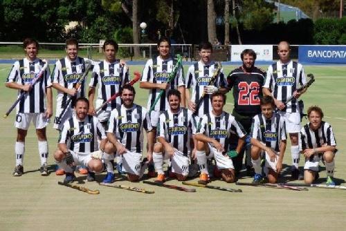 Hockey Masculino - Blanco y Negro derrotó al CEF 83 y se quedó con el 3° lugar.