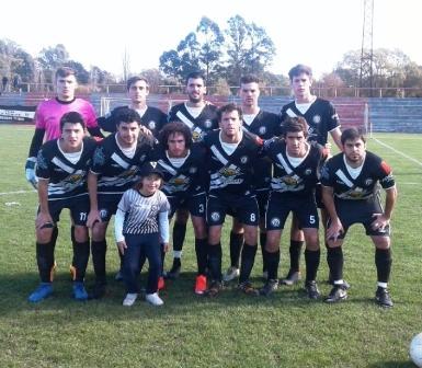 LRF - Reserva - Blanco y Negro vs San Martín de Carhué animan la final del Apertura.