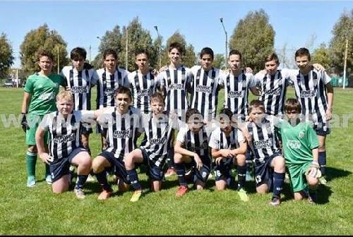 LRF - Inferiores - Club Sarmiento derrotó a Unión Pigüé en las tres categorías.