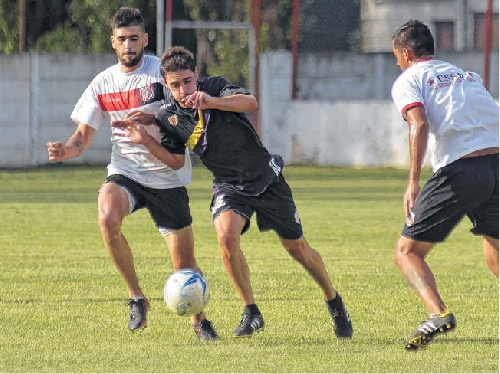 Federal A Fútbol - Tiro Federal de la mano de Carlos Salvi derrotó a San Sinena