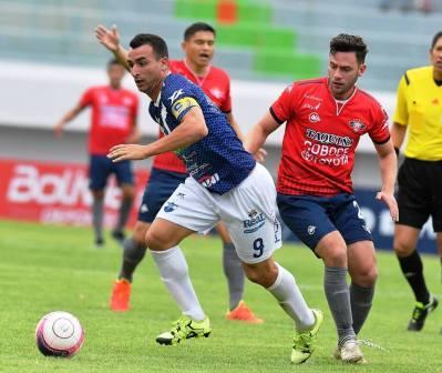 Futbol Boliviano - Martín Prost titular los 90´en el empate ante Guabirá.