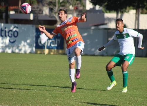 Fútbol Boliviano - Sport Boys con Martín Prost cayó ante Oriente Petrolero.