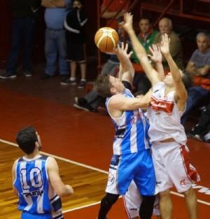 Basquet Provincial - Nuevo triunfo de Rácing De Chivilcoy - 22 puntos de Di Pietro.