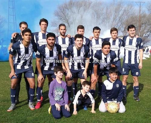 LRF - Club Sarmiento goleó a Peñarol de Guaminí y clasificó con ventaja de localía.