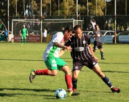LRF - Sarmiento buscando el uno en su zona recibe a Deportivo Sarmiento.