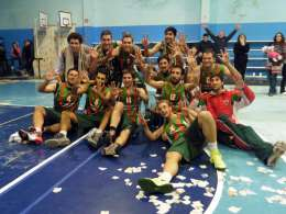 Basquet Tresarroyense - Deportivo Sarmiento con Byscaychipi y Palma campeón del Preparación .