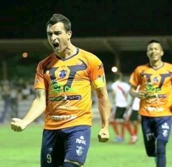 Futbol Boliviano - Martín Prost anotó en el comienzo del Apertura.