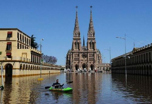 En Luján vuelven a casa con cautela: desde 2014 ya se inundaron diez veces