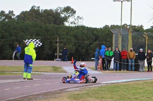 Karting - Actividad desarrollada en el Autodromo Ciudad de Pigüé.