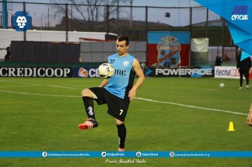Nacional B - Empate de Juventud Unida con Almagro - Martín Prost ingresó en el 2° tiempo.