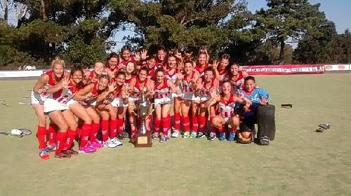 Hockey Femenino . Atlético Monte Hermoso campeón 2015 de la Asociación Bahiense de Hockey.