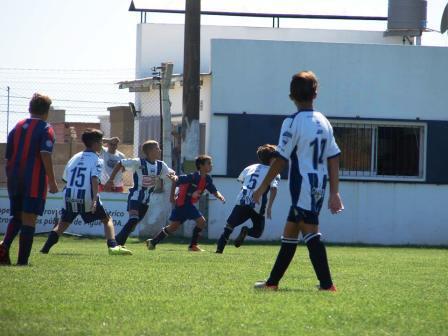 LRF - Inferiores - Las semifinales se juegan el venidero sábado en Pigüé. .