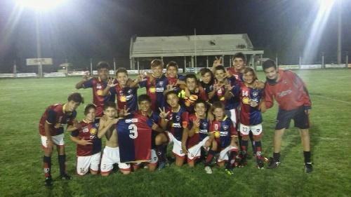 Abultada derrota de Peñarol ante El Fortín olavarriense en el Mundialito de Coronel Suárez.