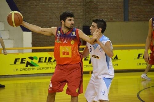 Basquet Bahiense - Esteban Silva goleador con 18 tantos para la victoria de Bahiense.
