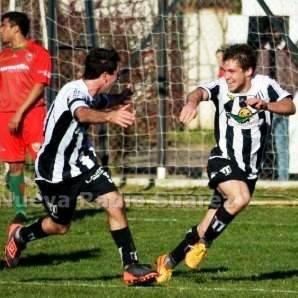LRF - Tres goles de Joaquín Kraft lo ubican a uno del goleador Maxi Graff.